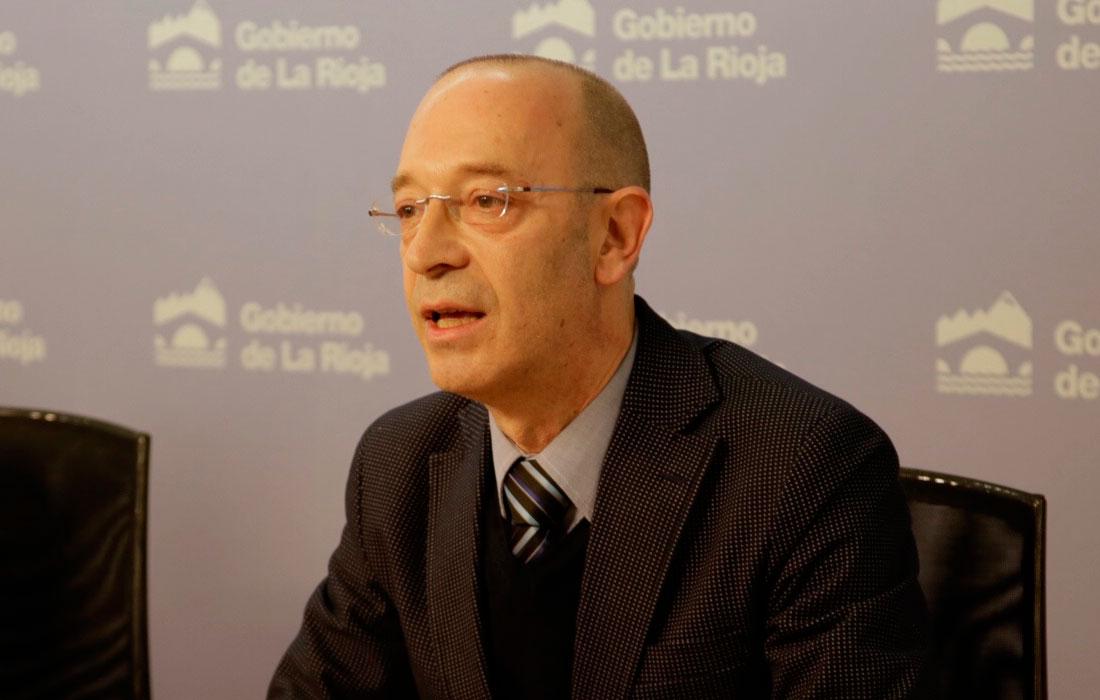 Carlos González Zorzano. Vocal y gestor jurídico de la Fundación ámbito arte en la presentación de diciembre del 2017 del macc